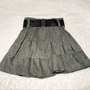 Dresses & Skirts - Plaid pleated high waisted school girl style skirt